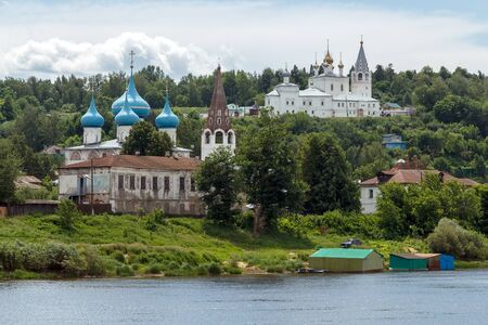 klyazma: Gorokhovets. View of Annunciation Cathedral and Svyato-Troitse-Nikolsky monastery from the Klyazma River