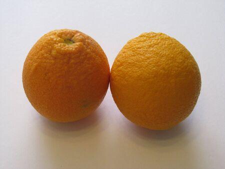 Deux oranges  Banque d'images - 6847294