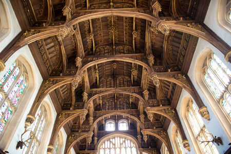 great hall: Roof of the Tudor Great Hall at Hampton Court Palace