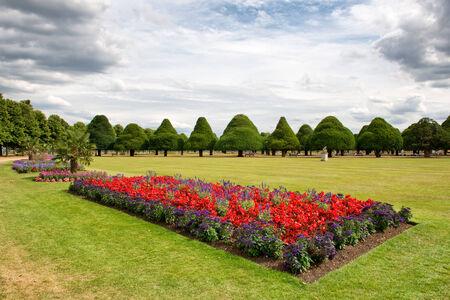 topiary: Great Fountain Garden at Hampton Court Palace near London, UK