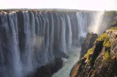 zimbabwe: Cataratas Victoria en Zimbabwe, �frica Foto de archivo