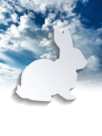 silhouette lapin: Découpez assis profil de lapin sur les nuages ??et fond de ciel avec copie espace ci-dessous