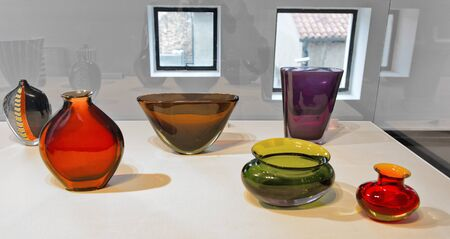 venecian: Display of colorful Murano glass manufactured on the island of Murano, Venice, Italy to the same traditions for many centuries