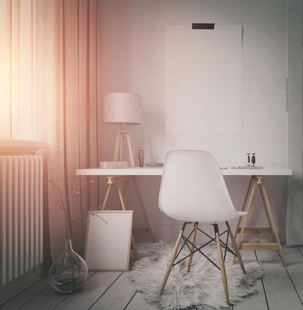 #65798223   Einfache Moderner Arbeitsplatz In Der Wohnung Oder Im Dachboden  Mit Einer Kleinen Ecke Tisch Und Stuhl Neben Einem Sonnenbeschienenen  Fenster ...