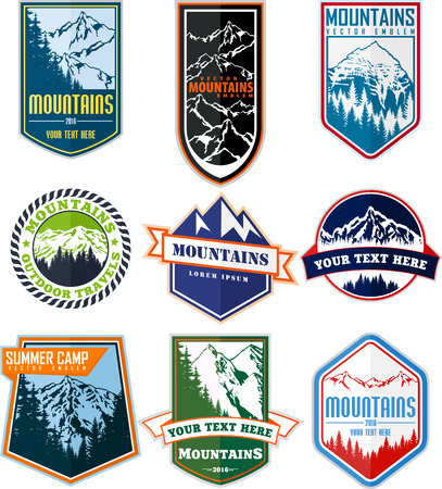 Vector set of mountain adventure camping expedition badges emblem Stock Illustratie