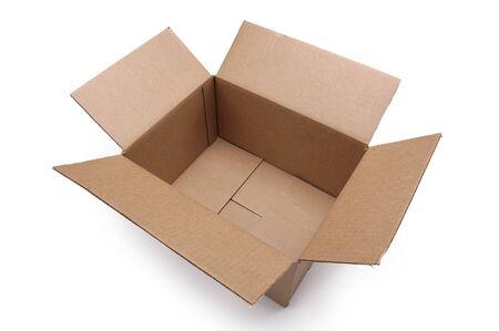 boite carton: Bo�te en carton vide sur un fond blanc
