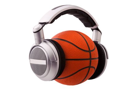 Headphones on a basketball ball, sport and music concept 版權商用圖片 - 9785484