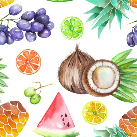 Un motif de fruits sans couture avec les aquarelles dessinées à la main des fruits: raisins, ananas, noix de coco, citron, citron vert, la pastèque, les agrumes et autres. Peint sur un fond blanc.