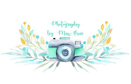 水彩カメラと花の要素とロゴのモックアップ、白い背景に分離された手描き