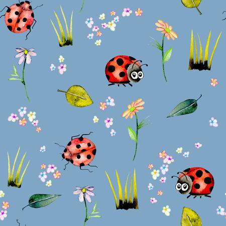 Zökkenőmentes minta akvarell aranyos rajzfilm katicabogarak és egyszerű virágok, kézzel rajzolt elszigetelt kék háttér