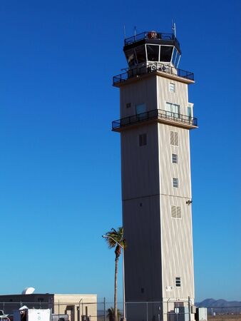 Airport Tower Verticale