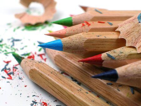 色の鉛筆を上演 写真素材 - 2571922