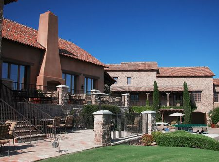 Spanish Style Golf Clubhouse Imagens