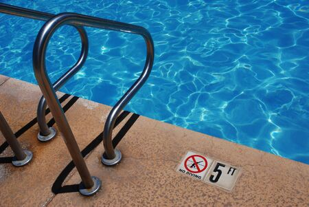 Public Pool-No Diving Sign Stock Photo