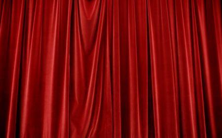 terciopelo rojo: Cerrado terciopelo rojo etapa cortinas Foto de archivo