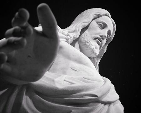 Zoek een het gezicht van een standbeeld van Jezus Christus