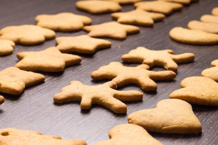 gingerbread cookies: gingerbread cookies bear in dance with hearts and stars