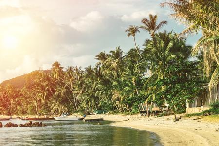 Mooi strand bij Kohphangan (Thailand). Stockfoto
