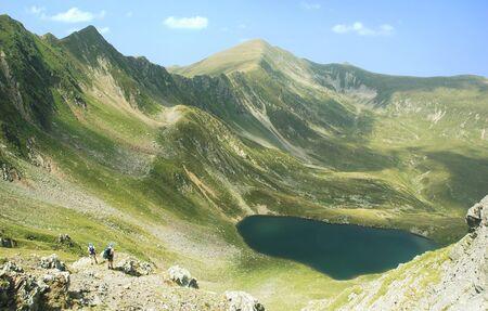 fagaras: Fagaras lago in montagna, la Romania  Archivio Fotografico