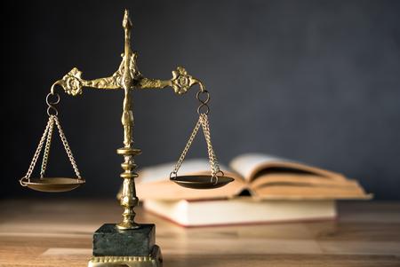 sędzia prawa, skala sprawiedliwości, skala sprawiedliwości, książki