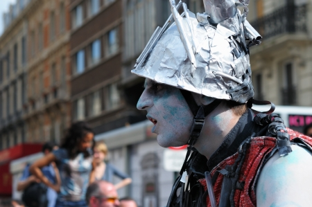BRUSSELS, BELGIUM-MAY 19: Un unknown participant plays role of zombie at Zinneke Parade on May 19, 2012 in Brussels. This parade is an artistic biennial urban free-attendance event.  Stock Photo - 16722050