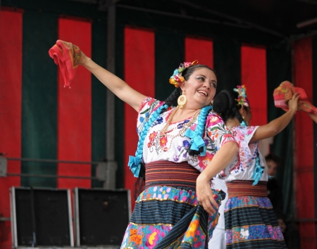 BRUSSELS, BELGIUM-SEPTEMBER 15  Xochicalli Mexican folkloric ballet performs in a concert on Grand Place during 12 edition of Folklorissimo Festival on September 15, 2012 in Brussels, Belgium