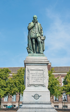 low relief: HAGUE, NETHERLANDS-AUGUST 01, 2014: Statue of prince William I in historical centre of Hague,Netherlands