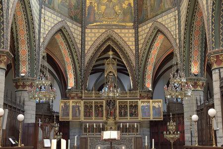 apostolic: GERAARDSBERGEN, BELGIUM-OCTOBER 31, 2013: Altar in Sint-Bartholomeuskerk. This church was built on place of 12 century chapel Editorial