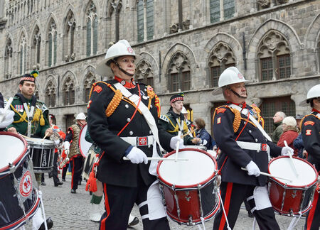 ypres: YPRES, BELGIUM-NOVEMBER 11, 2014: Participants of Poppy Parade commemorating 100 years of World War I depart from Grand Place to Porte de Menin or Gates of Menin Editorial
