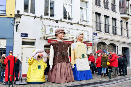 defile: BRUSSELS, BELGIUM-DECEMBER 6, 2014: Traditional Parade of Saint Nicolas is ready to depart to Grand Place