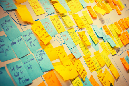 whiteboard post-it colored notes - business background for presentation Banque d'images