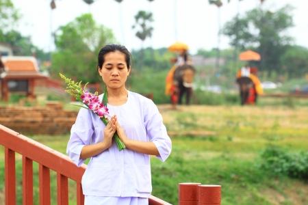 religious habit: Buddhism nuns