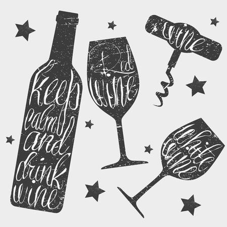 vid: Botella de vino, vidrio y sacacorchos ilustración vectorial de estilo vintage. dibujado a mano pizarra concepto de la tipografía. tiza letras Mantener la calma y beber vino.