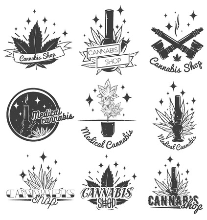bong: Set of medical marijuana labels in vintage style. Cannabis emblems, badges and logos for shop design. Weed leafs, bong.