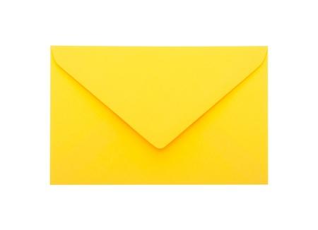 sobres para carta: Amarillo envolvente con trazado de recorte sobre fondo blanco