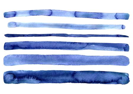 Ensemble de rayures simples aquarelles bleu indigo peintes à la main. Isolé sur fond blanc. Rayure moderne bleu marine. Rayures dessinées à la main. Design pour la décoration, décoration. Collection artistique de clip art mignon.
