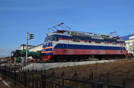 This picture shows old and modern locomotives Redactioneel