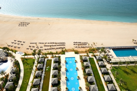 khaima: Beach of the luxury hotel, Ras Al Khaima, UAE