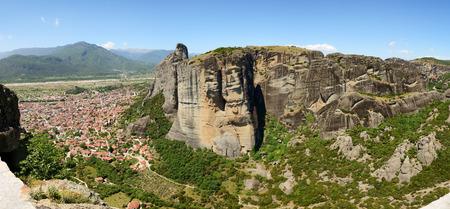 kalampaka: The panorama of Kalampaka town and Meteora, Greece Stock Photo