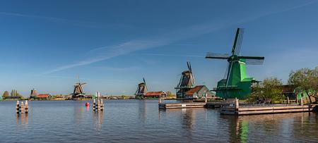 ザーンセ スカンスの風車オランダ 写真素材