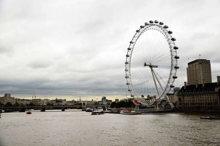 A view at Themse and London Eye