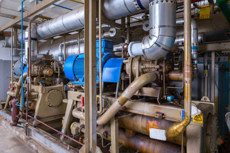 The screw ammonia compressor are specifically engineered to deal with industrial refrigeration installations. Exceptional reliability, high performance and low operating costs.