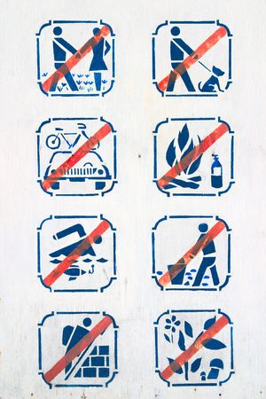 regulate: forbidding pictograms on board in park