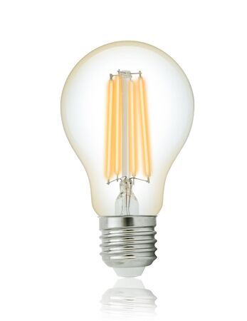 LED フィラメント電球 (E27)。クリッピング パスと
