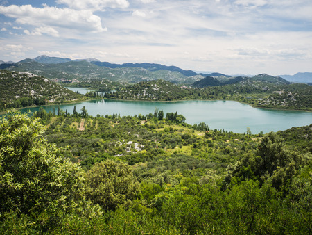 Beautiful Bacina lakes - favourite summer holiday destination in Dalmatia, Croatia 版權商用圖片