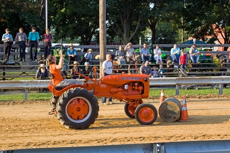 contestant: Tractor Barrel Roll,Kinzers,PA - August 17,2011