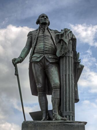 american revolution: A bronze statue of George Washington at Valley Forge National Historical Park