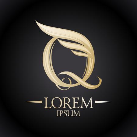 letras de oro: Logo Chic con la letra Q y el ala.