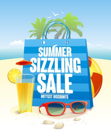 Zomer zinderende verkoop met blauwe boodschappentas op een strand achtergrond met palmen, zonnebril en cocktail