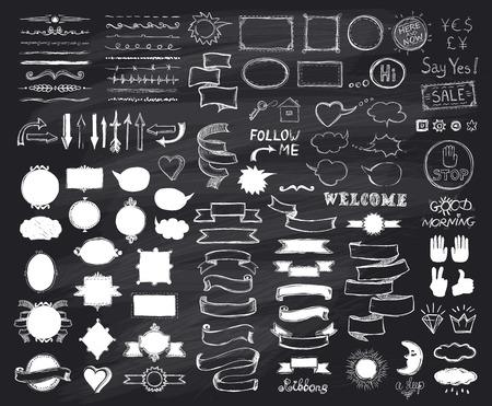 Tiza elementos de croquis dibujado a mano en la pizarra, ilustración vectorial, garabatos elementos gráficos de líneas, cintas de época de estilo, marcos, divisores, cepillos, siluetas y frases en una pizarra